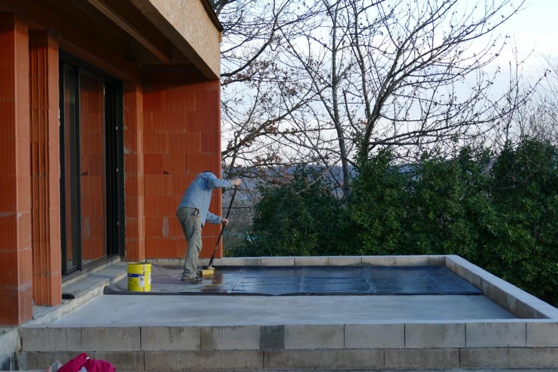 Tanch it de la terrasse et pose de la porte de garage for Etancheite terrasse sur garage