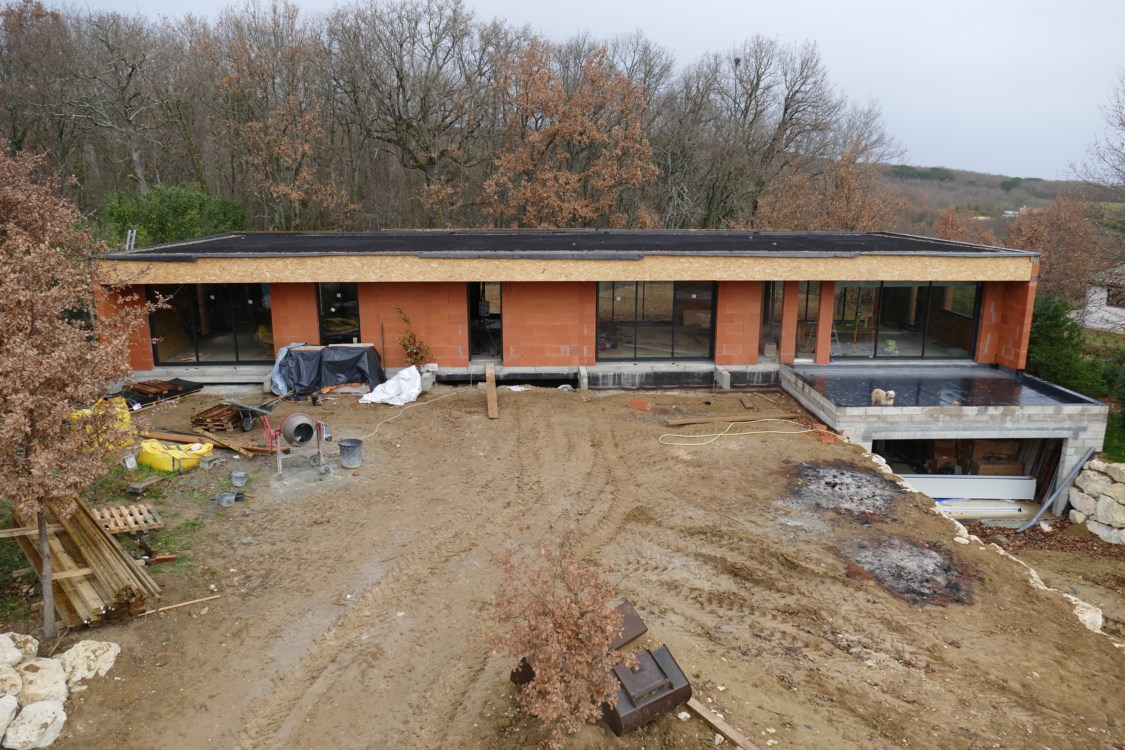 V g talisation du toit terrasse drain et terre la for Drainage autour d une terrasse